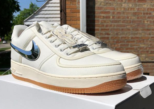 "Travis Scott x Nike Air Force 1 Low ""Sail"" 货号:AQ4211-101"